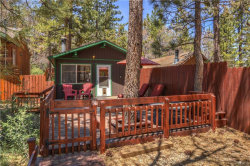 Photo of 814 Spruce Lane, Sugarloaf, CA 92386 (MLS # 3173081)