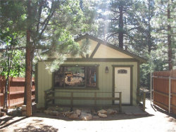 Photo of 665 Victoria Lane, Sugarloaf, CA 92386 (MLS # 3173517)