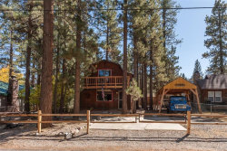 Photo of 820 East Country Club Boulevard, Big Bear City, CA 92314 (MLS # 3174143)