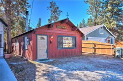 Photo of 906 West Country Club Boulevard, Big Bear City, CA 92314 (MLS # 3175283)
