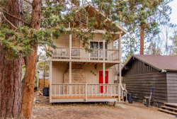 Photo of 230 Leonard Lane, Sugarloaf, CA 92386 (MLS # 3180001)