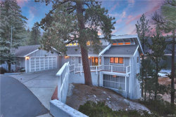 Photo of 585 Cove Drive, Big Bear Lake, CA 92315 (MLS # 3180049)