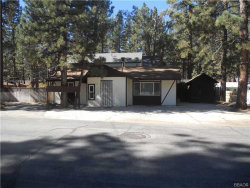 Photo of 801 West Rainbow Boulevard, Big Bear City, CA 92314 (MLS # 3182498)