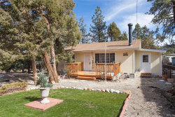 Photo of 384 San Martin Drive, Big Bear City, CA 92314 (MLS # 3182500)