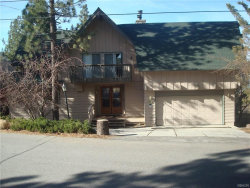 Photo of 112 North Eagle Drive, Big Bear Lake, CA 92315 (MLS # 3182595)