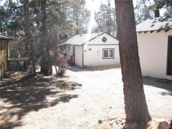 Photo of 599 Victoria Lane, Sugarloaf, CA 92386 (MLS # 3183631)