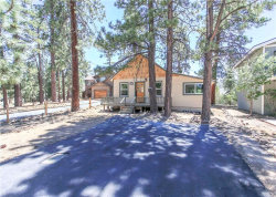 Photo of 39799 Forest Road, Big Bear Lake, CA 92315 (MLS # 3183682)