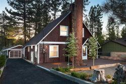 Photo of 332 Vista Lane, Big Bear Lake, CA 92315 (MLS # 3184995)
