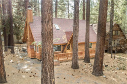 Photo of 782 Mountain Sky Drive, Big Bear Lake, CA 92315 (MLS # 3185073)