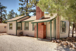 Photo of 40057 Forest Road, Big Bear Lake, CA 92315 (MLS # 3186308)