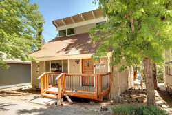 Photo of 42707 Cougar Road, Big Bear Lake, CA 92315 (MLS # 3186339)