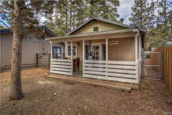Photo of 572 Pine Lane, Sugarloaf, CA 92386 (MLS # 3186539)