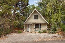 Photo of 809 Victoria Lane, Sugarloaf, CA 92386 (MLS # 3187637)
