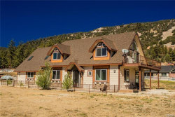 Photo of 1122 Live Oak Place Place, Big Bear City, CA 92314 (MLS # 3187644)