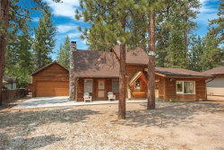 Photo of 39234 Chincapin Road, Big Bear Lake, CA 92315 (MLS # 3187664)