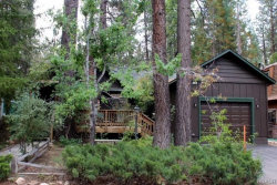 Photo of 42705 La Placida Avenue, Big Bear Lake, CA 92315 (MLS # 3187752)