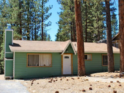 Photo of 1114 Sugarpine Road, Big Bear City, CA 92314 (MLS # 3188997)