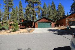 Photo of 241 Crater Lake Road, Big Bear Lake, CA 92315 (MLS # 3189011)