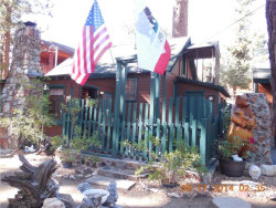 Photo of 817 Edgemoor Road, Big Bear Lake, CA 92315 (MLS # 3189013)