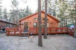 Photo of 230 Pine Lane, Sugarloaf, CA 92386 (MLS # 3189132)