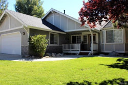 Photo of 308 Meadow N Circle, Big Bear Lake, CA 92315 (MLS # 3189190)