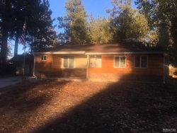 Photo of 303 Edgemoor Road, Big Bear Lake, CA 92315 (MLS # 31893160)