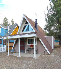 Photo of 742 West Country Club Boulevard, Big Bear City, CA 92314 (MLS # 31893221)