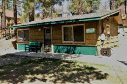 Photo of 42584 Cougar Road, Big Bear Lake, CA 92315 (MLS # 31893346)