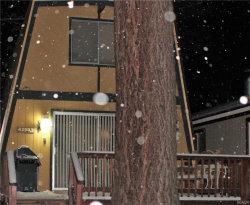 Photo of 42683 Falcon Avenue, Big Bear Lake, CA 92315 (MLS # 31893432)