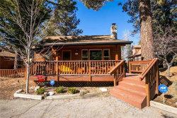 Photo of 836 Ravine Road, Big Bear Lake, CA 92315 (MLS # 31901197)