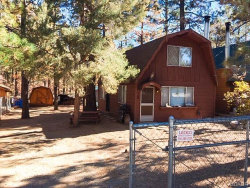 Photo of 363 Holmes Lane, Sugarloaf, CA 92386 (MLS # 31901236)