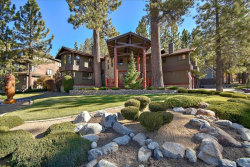 Photo of 681 Snowbird Court, Big Bear Lake, CA 92315 (MLS # 31901302)