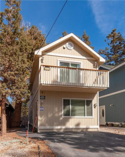 Photo of 745 Kern Avenue, Sugarloaf, CA 92386 (MLS # 31902406)