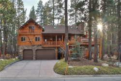Photo of 41469 Stone Bridge Road, Big Bear Lake, CA 92315 (MLS # 31902543)