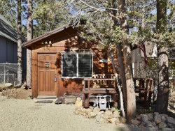 Photo of 676 Pine, Sugarloaf, CA 92386 (MLS # 31904806)