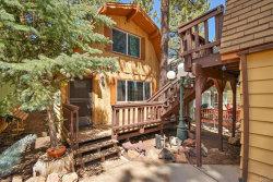 Photo of 694 Elm Street, Big Bear Lake, CA 92315 (MLS # 31904851)