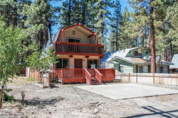 Photo of 802 Robinhood Boulevard, Big Bear City, CA 92314 (MLS # 31906268)