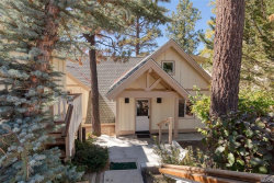 Photo of 39537 Lake Drive, Big Bear Lake, CA 92315 (MLS # 31906318)