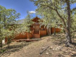 Photo of 43674 Yosemite Drive, Big Bear Lake, CA 92315 (MLS # 31906323)