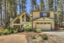 Photo of 41931 Evergreen Drive, Big Bear Lake, CA 92315 (MLS # 31906363)