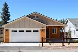 Photo of 42576 Falcon Avenue, Big Bear Lake, CA 92315 (MLS # 31906392)