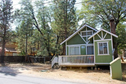 Photo of 616 Maple Lane, Sugarloaf, CA 92386 (MLS # 31906440)