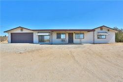 Photo of 19616 Huasna Road, Apple Valley, CA 92307 (MLS # 31906510)