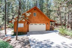 Photo of 392 Catalina Road, Big Bear Lake, CA 92315 (MLS # 31907560)