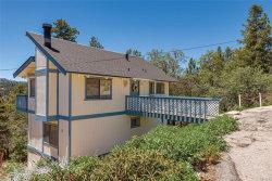 Photo of 956 Deer Trail, Fawnskin, CA 92333 (MLS # 31907562)