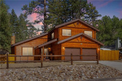 Photo of 147 North Teakwood Drive, Big Bear Lake, CA 92315 (MLS # 31907614)
