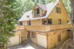 Photo of 28667 Shenandoah Drive, Lake Arrowhead, CA 92352 (MLS # 31907670)