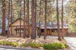 Photo of 584 Killington Way, Big Bear Lake, CA 92315 (MLS # 31907850)