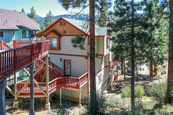 Photo of 42659 Alta Vista Avenue, Big Bear Lake, CA 92315 (MLS # 31909007)