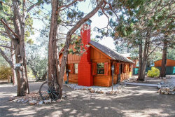 Photo of 377 Santa Barbara Avenue, Sugarloaf, CA 92386 (MLS # 31910199)